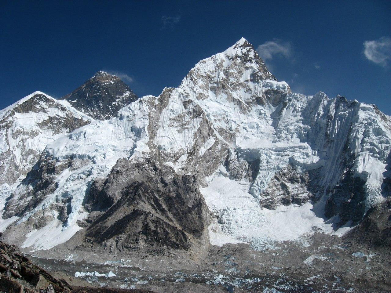 29 мая В этот день 1953 года была впервые покорена гора ...
